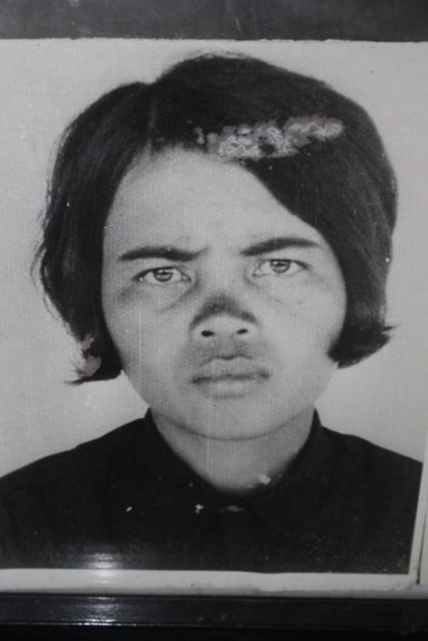 Femme-S21-Phnom-Penh