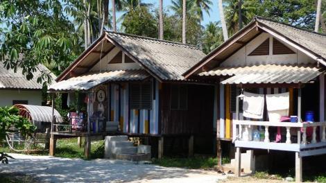 Un bungalow à 30 mètres de la plage à Bang Saphan (Thaïlande) : 400 Bath