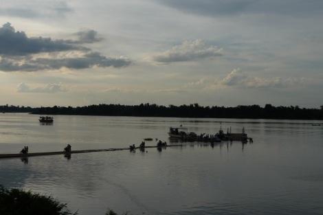 La Jetée sur le Mékong de Stung Treng
