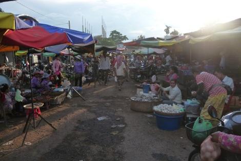Le marché de Tbaeng Meanchey