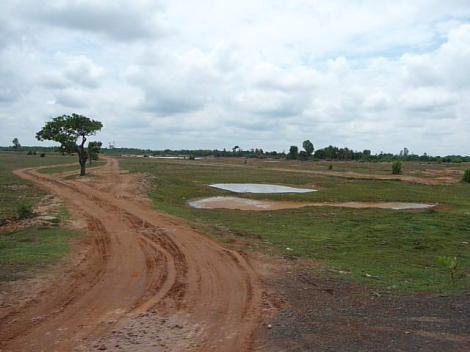 Un chemin sur la route de Kampong Thom