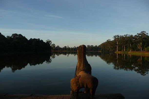 Statue-Angkor-Lac