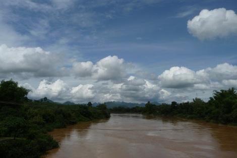 Un fleuve qui sort de son lit (un peu comme nous)