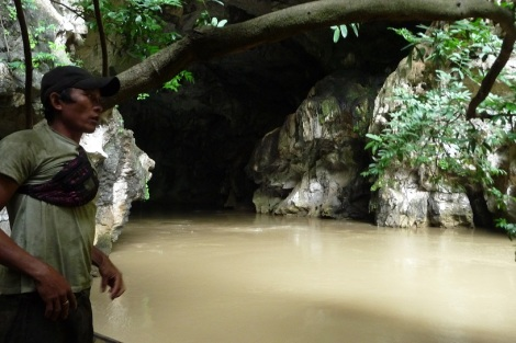 Un pêcheur Laotien