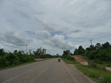 Je vous laisse, je vais à Vientiane !