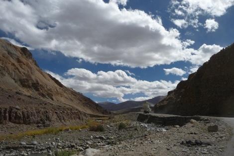 Remontons vers la seconde route la plus haute du monde voir si c'est mieux quand il ne fait pas moins 15°
