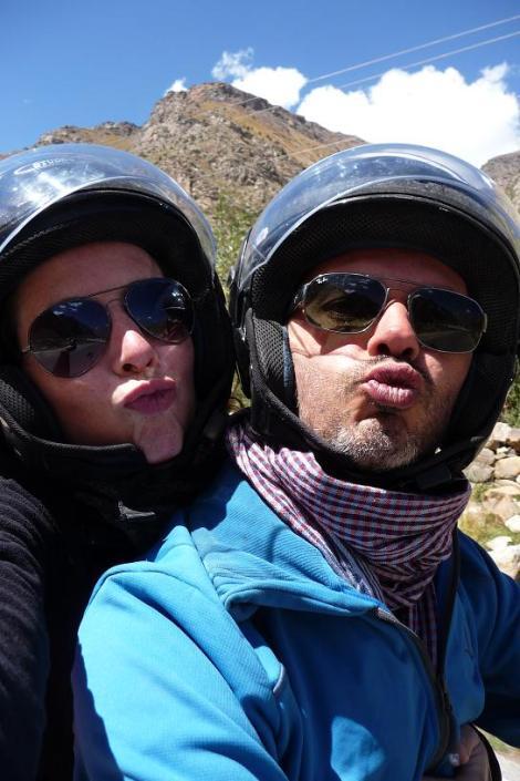 Blog Sarchu 2 nos lèvres gercées font des bisous quand même